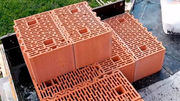 Кут з керамічних блоків. Фото, статті