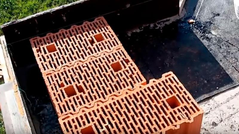 правильний кут з керамічних блоків