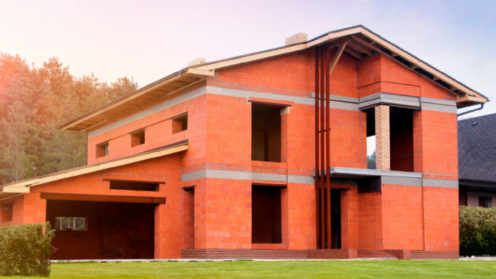 Будівництво з керамічних блоків: плюси та мінуси