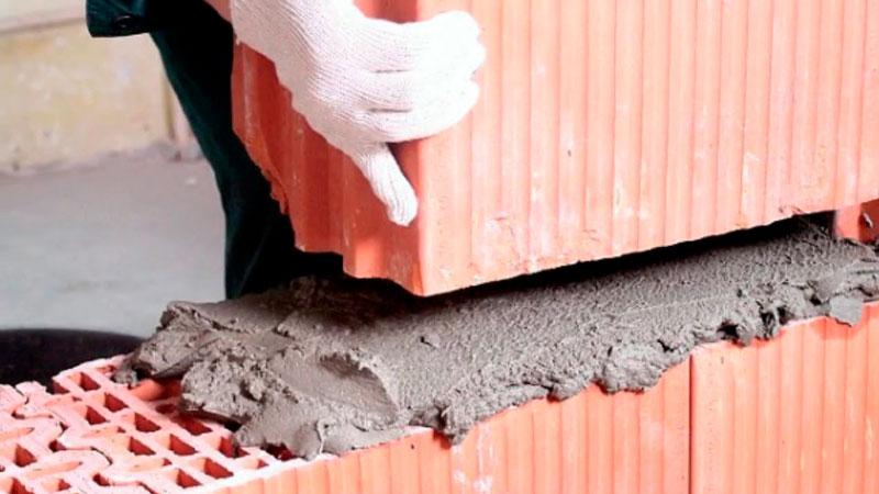 Темлая смесь для кладки керамических блоков. Фото, статьи